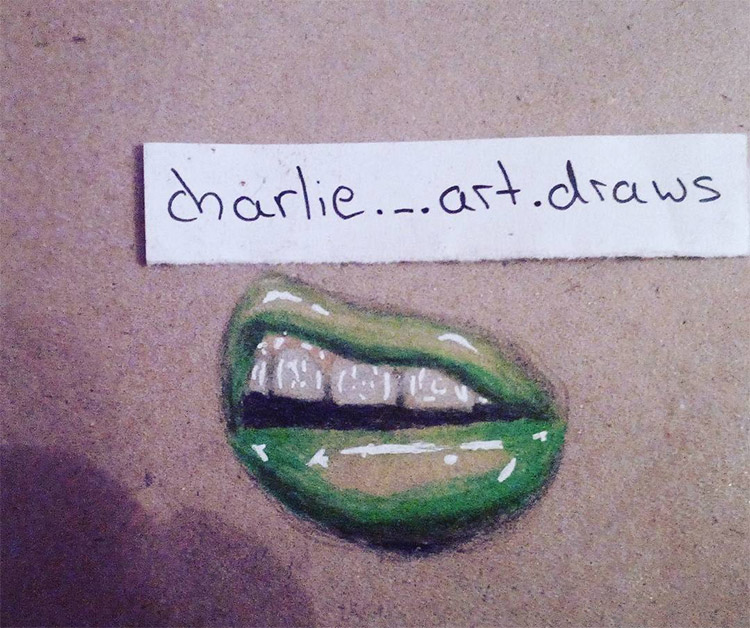 Green lips in pencil