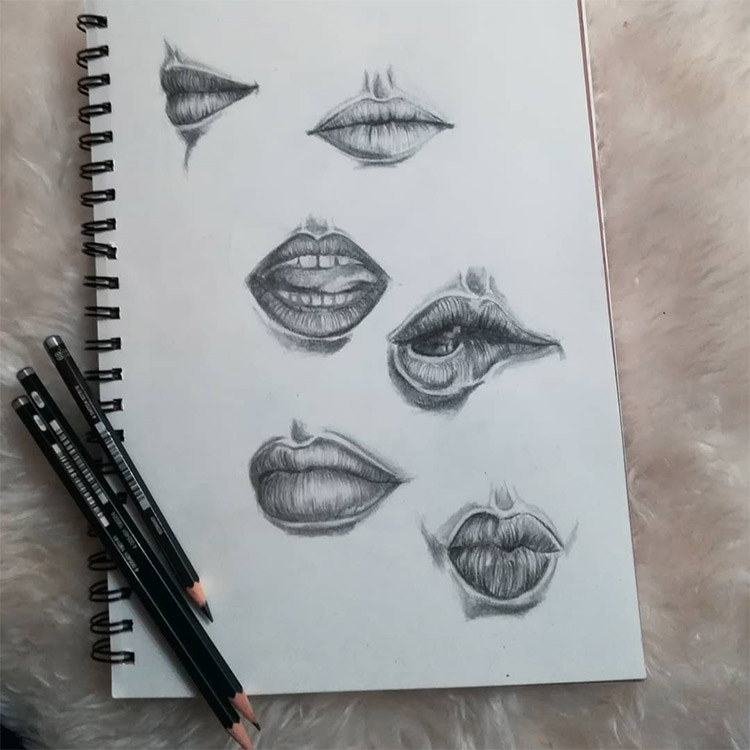Quick lip sketches