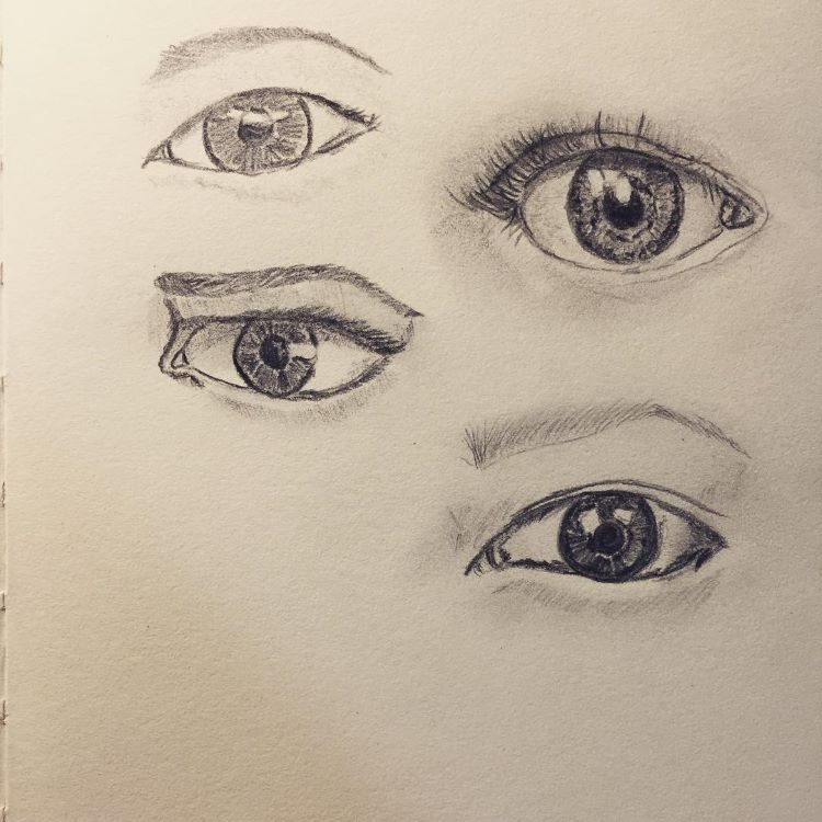 Deep eyes in pencil