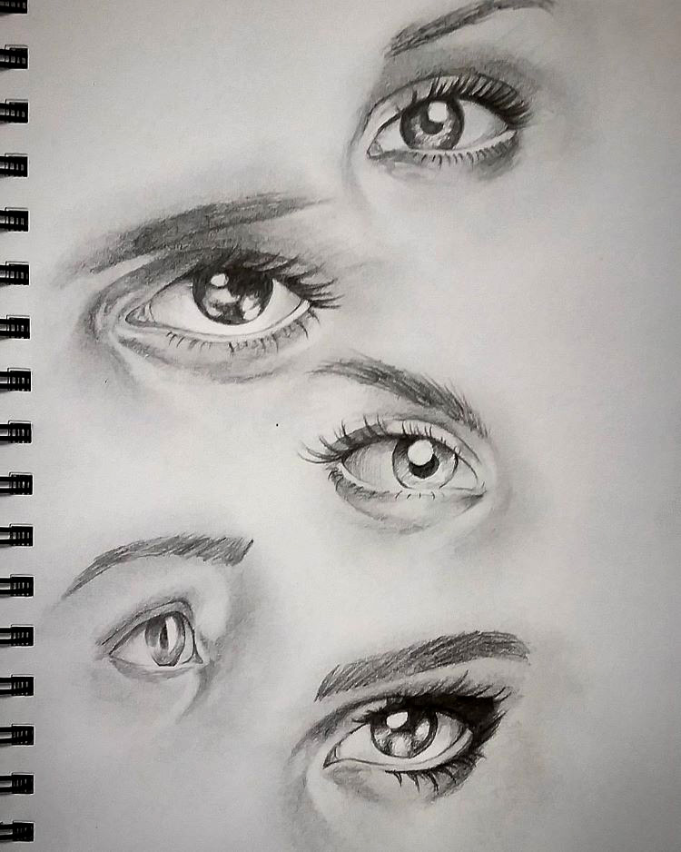Simple human eyes drawings
