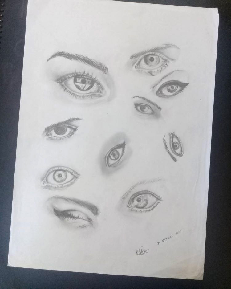 Quick sketches of eyes