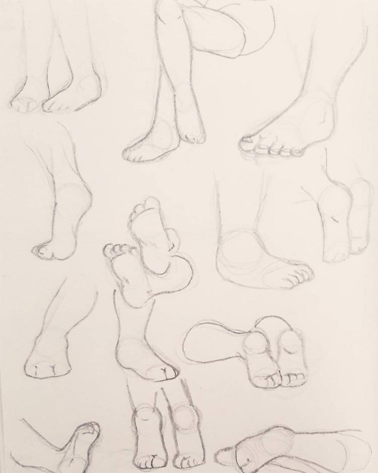Easy light linework for feet art