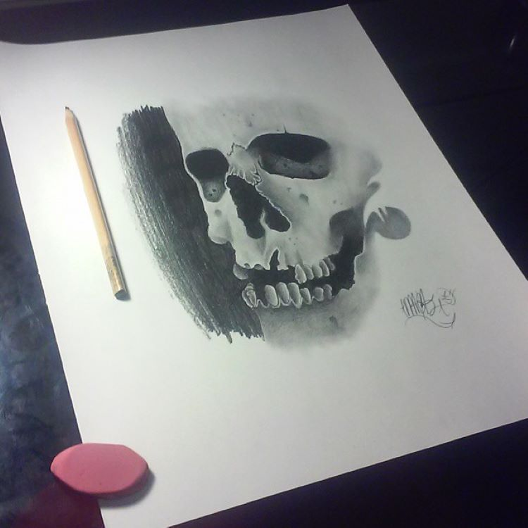 Rich darks in a skull drawing